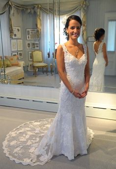 Tips for picking out the perfect beach-style wedding dress