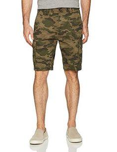 c8068d06e1 Amazon Essentials Men's Classic-Fit Cargo Short, Green Camo (New Print), 40