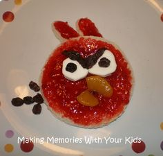 My grandson Knox (2 1/2) loves Angry Birds, I'll have to make these for him!
