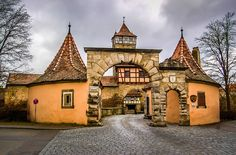 Rothenburg ob der Tauber Germany - Town Gate and Walls with Tower ...