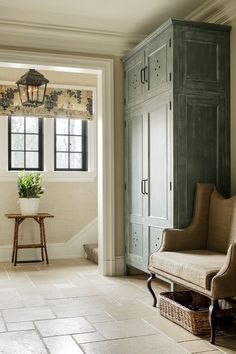 Mudroom in soft blue, taupe & ivory - lantern, fabric shade, black mullions - ML Interior Designs Romantic Home Decor, Romantic Homes, Country Cupboard, Farmhouse Design, Fresh Farmhouse, Farmhouse Interior, Entryway Decor, Foyer, Mudroom