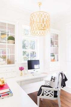 Home office ideas. The perfect home office. preppy, classic, traditional, colorful home office Home Office Space, Home Office Design, Home Office Furniture, Home Office Decor, Home Design, Interior Design, Home Decor, Office Ideas, Design Ideas