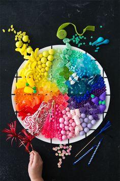 Candy Rainbow Platters 3 Ways (Oh Happy Day!) - Candy - Ideas of Candy - Candy Rainbow Platters 3 Ways Rainbow Food, Taste The Rainbow, Rainbow Art, Over The Rainbow, Rainbow Colors, Rainbow Candy, Rainbow Stuff, Rainbow Sweets, Rainbow Things
