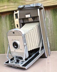 Polaroid Land Camera - The 800 #TheJunkPost