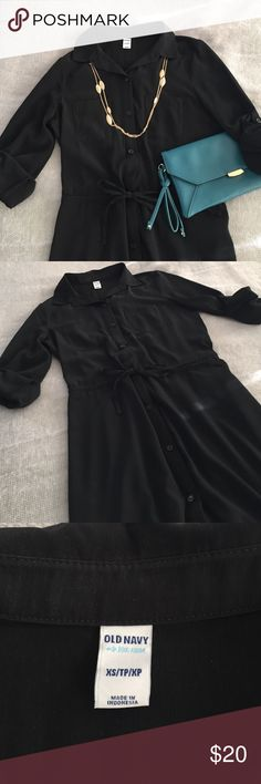 💜SALE💜Black shirt dress Closet must have! Basic black shirt dress. XS from Old Navy in EUC and ready for you to accessorize! Old Navy Dresses
