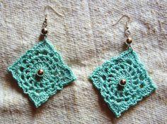 orecchini all'uncinetto con perline di vetro