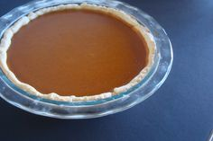 Perfect classic pumpkin pie, it is to die for, Anna Olson's recipe, melts in your mouth, perfection! Homemade Desserts, Healthy Desserts, Easy Desserts, No Bake Pumpkin Pie, Pumpkin Pumpkin, Pie Recipes, Dessert Recipes, Recipies, My Favorite Food