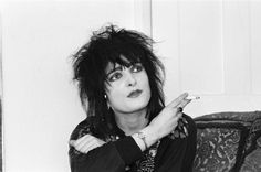 pop-star-siouxsie-sioux-24th-july-1981-picture-id855042058 (612×406)