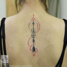 How many times have we seen an arrow tattooed on the body? But have you seen one with a flow? These ...
