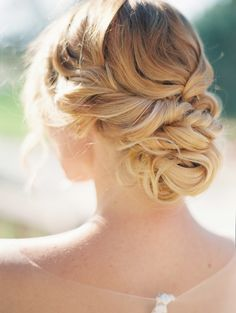View entire slideshow: Date+Night+Hairstyles on http://www.stylemepretty.com/collection/4294/
