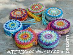 Crochet pattern Tape measure cover 'FLOWER' by Crochet Purse Patterns, Crochet Motifs, Crochet Purses, Flower Patterns, Crochet Stitches, Crochet Hooks, Crochet Bags, Pattern Flower, Crochet Crafts