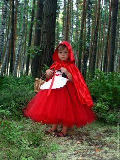 Cute little Red Riding Hood Halloween Costume Contest, Toddler Halloween Costumes, Cute Costumes, Halloween Kostüm, Girl Costumes, Costume Carnaval, Carnival Costumes, Red Riding Hood Costume Kids, Fancy Dress Masks