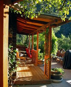 Log+cabin+porches | Sedona Arizona Bed & Breakfasts: Canyon Wren Cabins for Two, Sedona ...