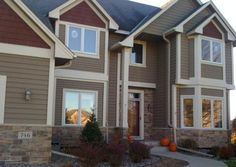 Picture 08 - Exterior House Paint Color Ideas