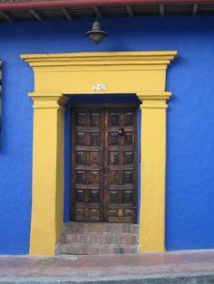 Wooden Door, Bogotà, Colombia