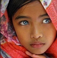 De beaux yeux....