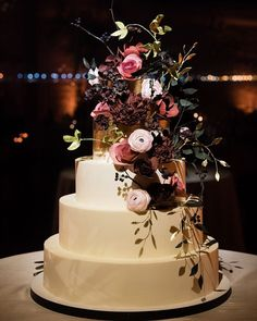 """152 Likes, 7 Comments - The Black Tie Bride (@theblacktiebride) on Instagram: """"Have you seen our list of Best 2017 Cakes yet? It's full of gorgeous cake designs like this one by…"""""""