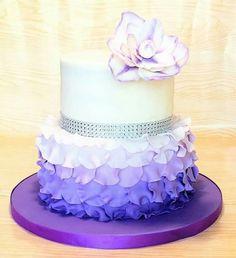 Teen birthday cake purple cakes Birthday cakes for teens, Teen violet color birthday cake - Violet Things Birthday Cake Girls Teenager, 13 Birthday Cake, Birthday Cakes For Teens, Birthday Woman, Purple Birthday Cakes, Paris Birthday Cakes, Women Birthday, Bolo Sofia, Foto Pastel