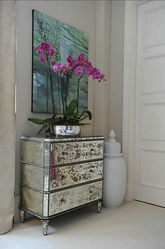 mirrored dresser and color
