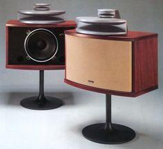Afbeeldingsresultaat voor best looking speaker Horn Speakers, Diy Speakers, Stereo Speakers, Audiophile Speakers, Hifi Audio, Audio Design, Speaker Design, Sound Room, Audio Room