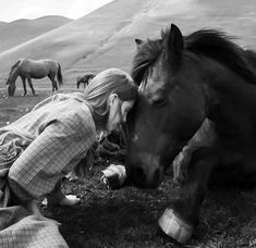 ❣Julianne McPeters❣ no pin limits Cute Horses, Horse Love, Horse Girl, All The Pretty Horses, Beautiful Horses, Spirit Der Wilde Mustang, Horse And Human, Horse Photography, Horse Breeds