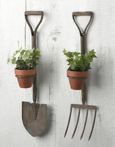 Garden Tool Pot Holder - want these for outside wall of my gardening shed :)