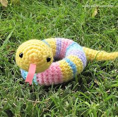 Free Pattern...Willy-Nilly Waterlily: My First Amigurumi Pattern: A Willy-Nilly Silly Snake
