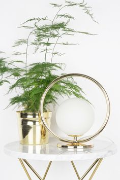 Globen lighting Bords-/vägglampa Saint Mini - Vit - Hem & inredning - Ellos.se