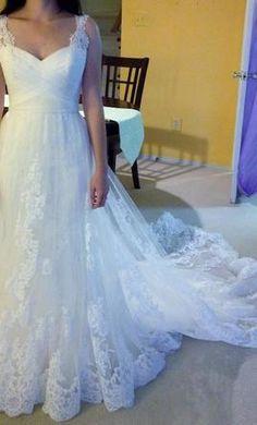 Pronovias Petunia 6: buy this dress for a fraction of the salon price on PreOwnedWeddingDresses.com