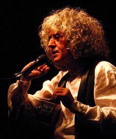 Angelo Branduardi || Italian Singer