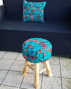 """Kaârta (@kaarta_) on Instagram: """"Tabouret enfant maintenant disponible  ________________________________________________…"""" African Interior, African Home Decor, Unique Furniture, Furniture Decor, Africa Decor, African Crafts, African Accessories, Chair Upholstery, Home And Deco"""