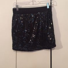 Black sequence and sparkly skirt size medium Adorable and fun black sparkly sequence skirt. Size medium but cut small so should definitely fit a small Skirts Mini