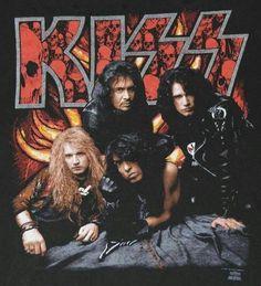 KISS Revenge Tour t-shirt