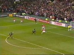 Taconazo de Fernando Redondo vs ManUtd. Eric Cantona, Champions, Manchester United, The Unit, Football, Sports, Red, Soccer, Hs Sports