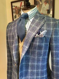 Loro Piana Wool 49% Nylon 24% Silk 18% Linen 9%