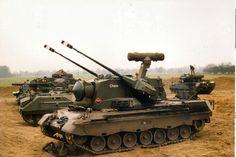 PRTL, werk samen met 2 andere stukken (luchtdoelartillerie tanks) en 1 YPR