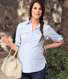So I have a nice dress shirt. Nice idea for a preppy day. Red chimie purse and color block dress shirt/skinny jeans/flats or sperries