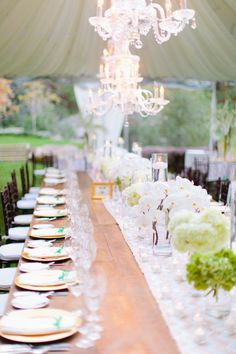 #tablescapes  Photography: Marin Kristine Photography - marinkristine-blog.com  Read More: http://www.stylemepretty.com/2015/01/23/al-fresco-napa-valley-summer-wedding/