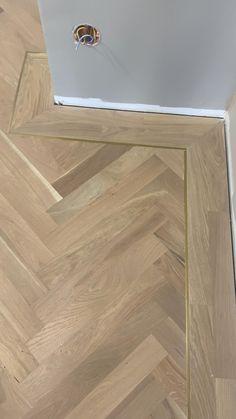 Ceramic Wood Tile Floor, Wood Look Tile Floor, Herringbone Tile Floors, Wood Floor Design, Wood Floor Pattern, Wood Floor Texture, Hardwood Floor Colors, Wood Tile Floors, Vinyl Plank Flooring