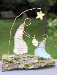 Reveries de papier - Nativity Diy How to Make # Nativity Crafts, Christmas Nativity, Christmas Candles, Noel Christmas, Christmas Ornaments, Wire Crafts, Diy And Crafts, Christmas Crafts, Christmas Decorations