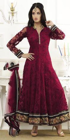 Different pattern salwar suits to get more stylish appearance