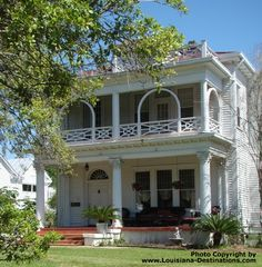 467 best old southern homes images in 2019 plantation houses rh pinterest com