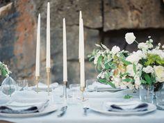 Blue, white and green. Photo: Ashley Bosnick Four elements wedding inspiration Wedding Bells, Wedding Events, Wedding Reception, Wedding Flowers, Wedding Tables, Weddings, Elegant Wedding, Plus Wedding Dresses, Lake Como Wedding