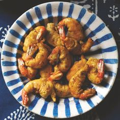Gordon Ramsay's version of spicy prawn pakoras, from his book accompanying the Channel 4 show Gordon's Great Escape, is perfect for Indian-themed parties and they're easy too Curry Recipes, Seafood Recipes, Indian Food Recipes, Turkish Recipes, Chef Recipes, Family Recipes, Cooker Recipes, Keto Recipes, Spicy Prawns