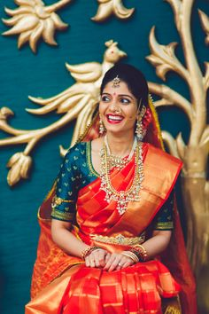Looking for South Indian Bride Posing on stairs? Browse of latest bridal photos, lehenga & jewelry designs, decor ideas, etc. Indian Bride Poses, South Indian Bride, Indian Bridal Sarees, Indian Bridal Outfits, Pattu Saree Blouse Designs, Bridal Blouse Designs, Designer Blouse Patterns, Indian Designer Wear, Saree Wedding