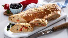 Oppskrift på Brød med ost og oliven