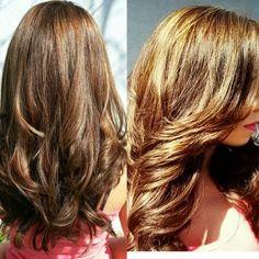 Chamomile Hair Lightener for Dark (Brown/Black) Hair Lighten Hair With Honey, Lighten Hair Naturally, How To Lighten Hair, Honey Hair, Herbal Hair Dye, Lightening Dark Hair, Short Dyed Hair, Bleaching Your Hair, Dyed Hair