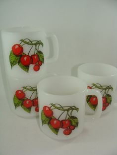 Four Stackable Mugs by Glasbake  Super Cute by ElodieVintageHome, $24.00