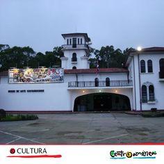 Si eres amante de la historia, cultura y arte.. definitivamente debes visitar Centroamerica!! Conoce el museo de Arte, Costa Rica o la Comunidad de Artistas y Pintores en el archipiélago de Solentinam, Nicaragua.