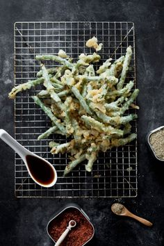 Japanese Tempura Green Beans with Tentsuyu Sauce and Daikon